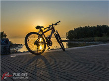 新年骑行深圳湾观看日出 场面十分震撼