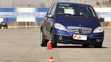第N眼情人 试驾评测奔驰小型车A180