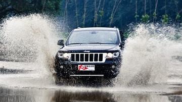 炫耀的不仅是越野 测全新Jeep大切诺基